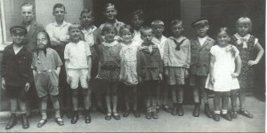 Um 1920 Klassenphoto - Collage: Klaus Decker